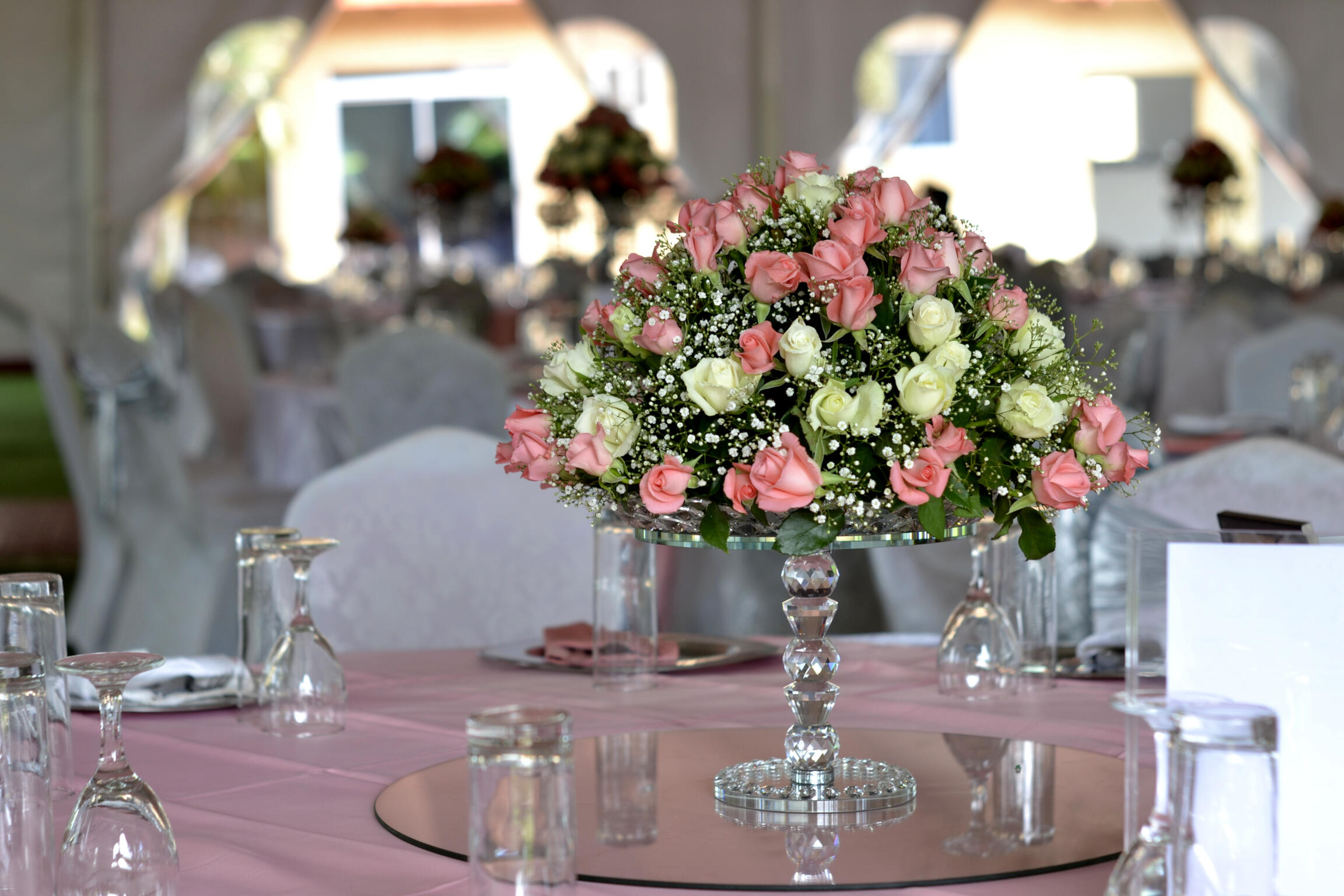 Flower decor on the table