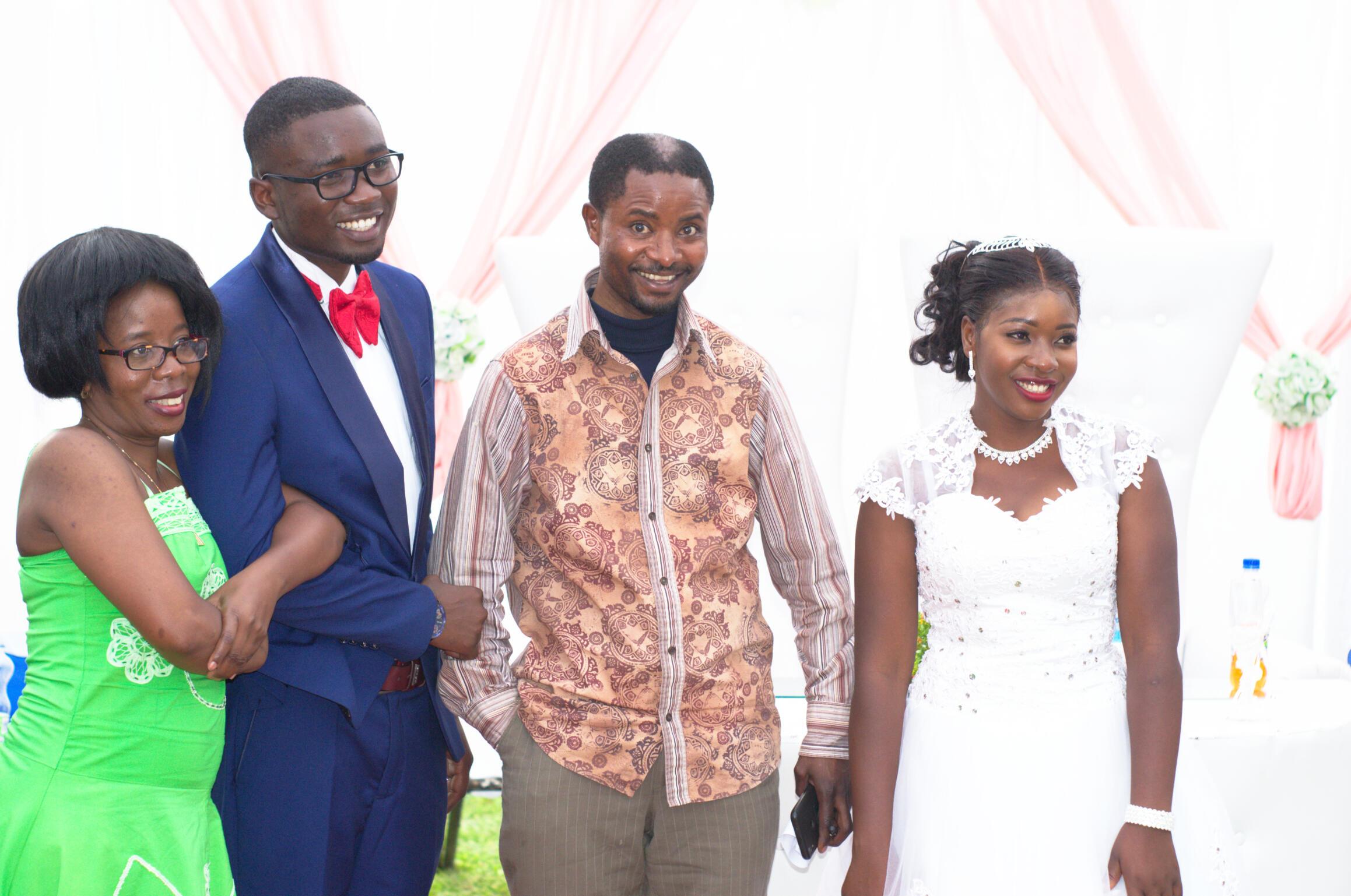Couple & Shimumbi